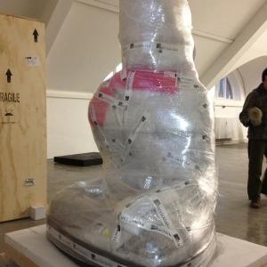 Buddha Figur sicher eingepackt